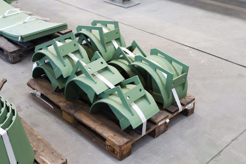 Wear parts for the brickworks industry